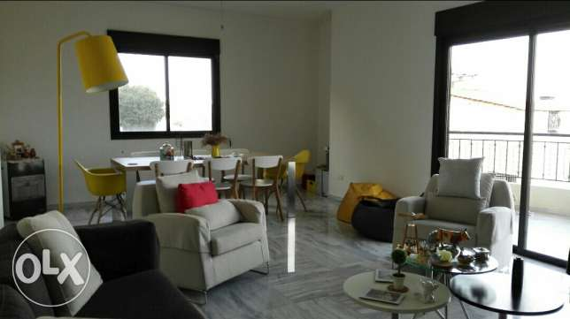 Apartment for sale in Mazraat yachou - zikrit / zekrit
