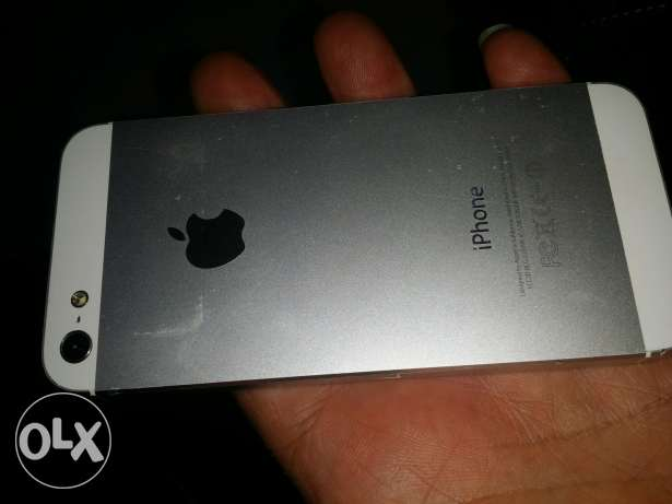 iphone 5 64 gb verry clean