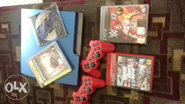 Ps3 for sell ma3a 4cd's maskten