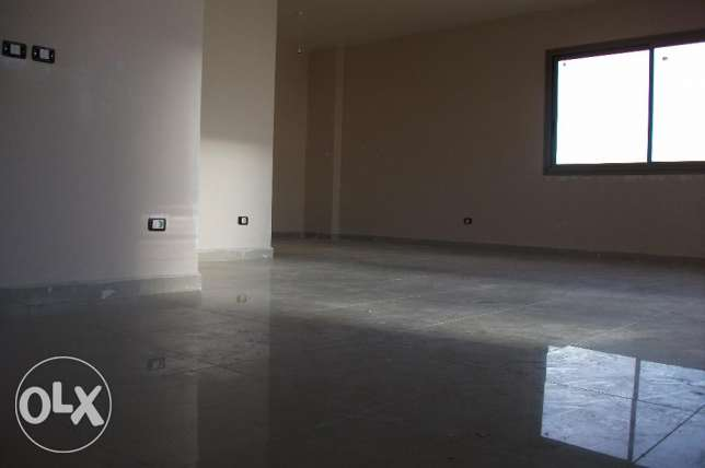Office for rent in Zalka # PRE8349
