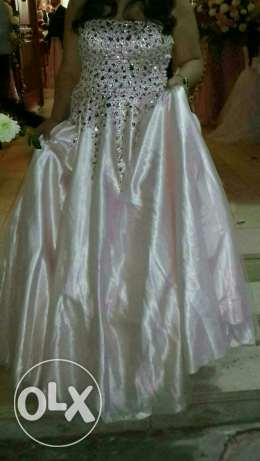 Dress for sale عجلتون -  1
