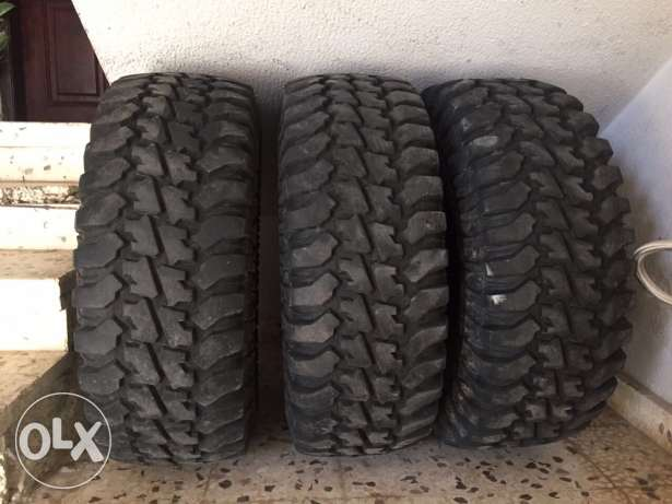 3 tires for sale in a good condition used only 9 months