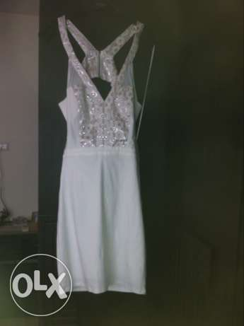 dress new worn once. 20.000 alf