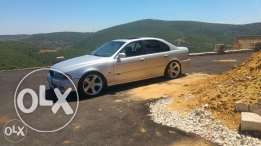 Bmw E39look M5