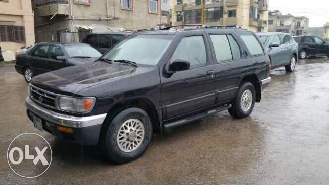 Nissan pathfinder model 97