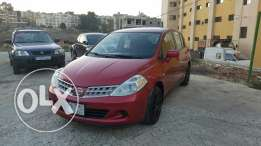 Nissan Tiida Model 2010 Red