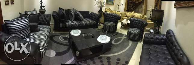 Living room 5 pieces + table For sale الشوف -  1