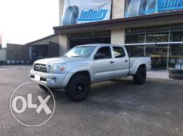 Toyota tacoma clean car fax new in Lebanon