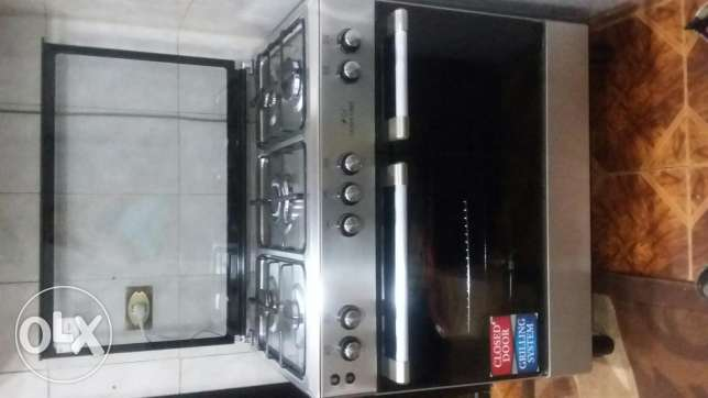 Queen chef oven for sale
