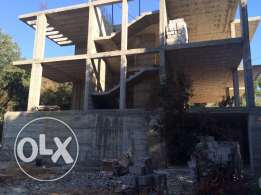 building for sale in Gharzouz / Chikhan (Jbeil)