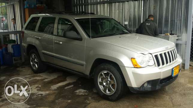 Grand cherokee laredo full option انطلياس -  5