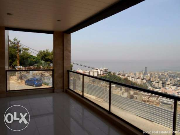 227 m2 apartment having 80 m2 garden for sale in Bsalim (sea view)