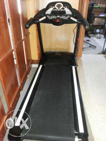 Treadmill BS73031 like new + free Delivery