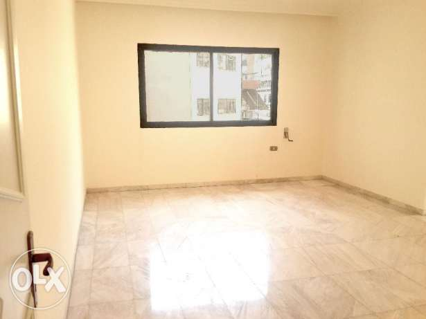 Spacious Apartment in Qraytem Area