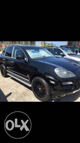 Cayenne look 2010 gts black