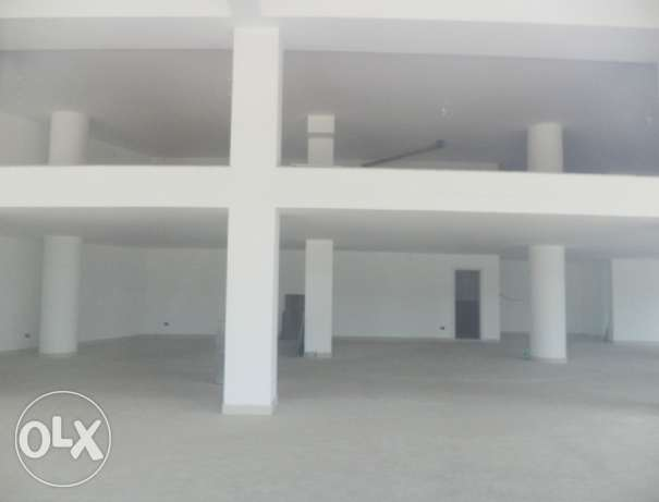 Shop for RENT - Badaro 500 SQM