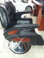 men salon chairs