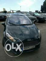 Ford fiesta 25000 km like new under warranty