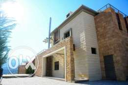 Beautiful Villa for sale in Ajaltoun