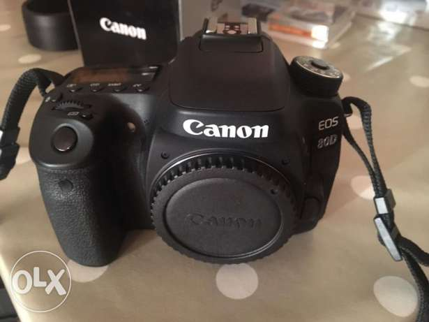Working camera canon eos 80d just like new