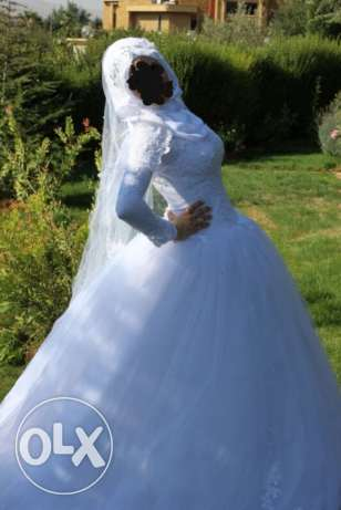 Wedding dress for sale malbous marra jdid
