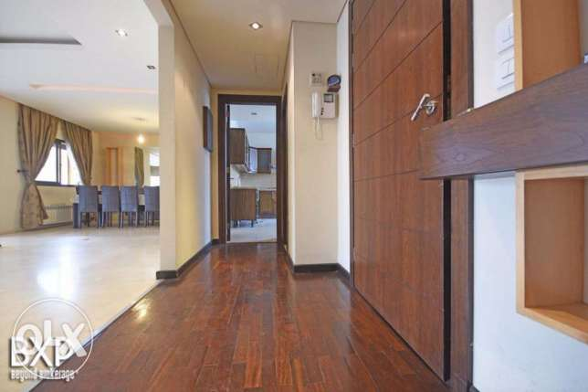 170 SQM Apartment for Rent in Beirut, Raouche AP5909