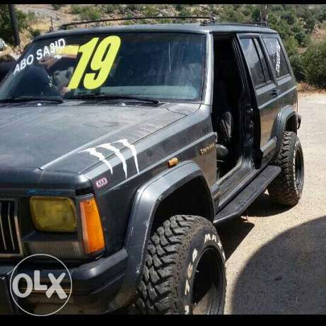 jeep 5are2 msh na2so shi 3600$