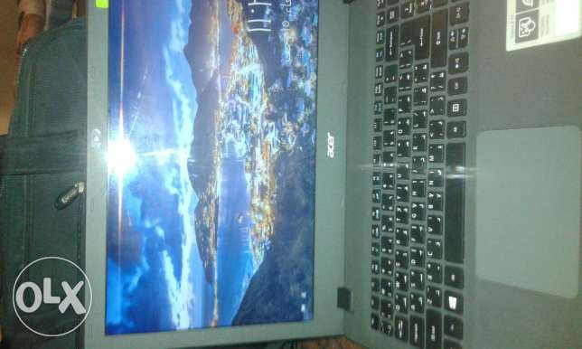 Laptop  GBHDD500 Graphics5500 intel