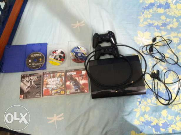 Ps3 + headphones beats pro monster for sale or trade on a phone