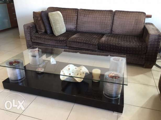 Living Room Couches and Table برج ابي حيدر -  3