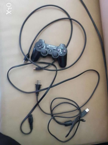 ps3 500gb with 3 cd and 1 controller