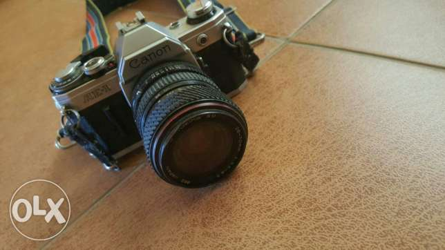 Canon old film camera بعبدا -  1