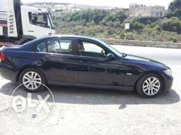 BMW e90 325i Model 2006 - Dark Blue Color / Grey Leather Interior