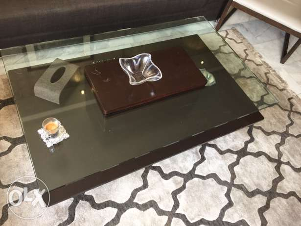 Vanilian coffee table + wall unit sliding door