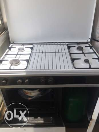cooker Ariston 4 eyes