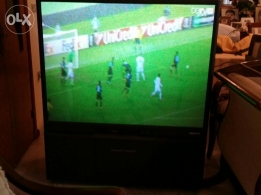 TV Toshiba with wheels movable