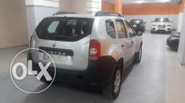 Renault Duster silver 2013 مصدر و صيانة الشركه full option excellent