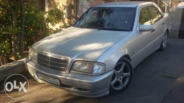 For sale or trade with 4×4 Mercedes c 240 model 2000 بعبدا -  1