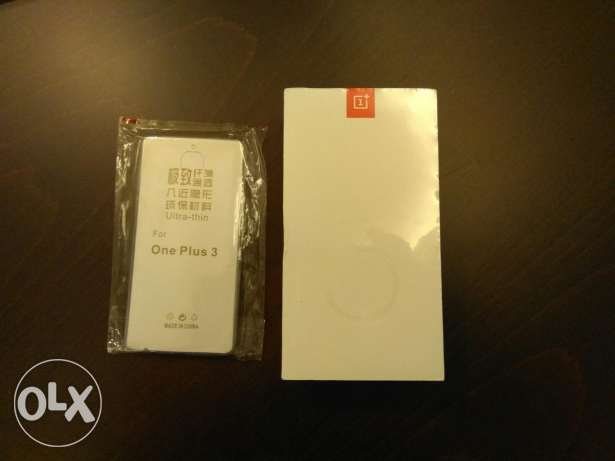 The famous OnePlus 3T carbon grey 128gb dual sim