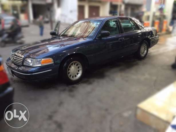 1998 Ford Crown Victoria LX 4.6L V8