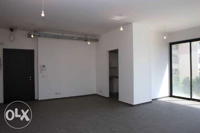 ice or clinic for rent in hamra