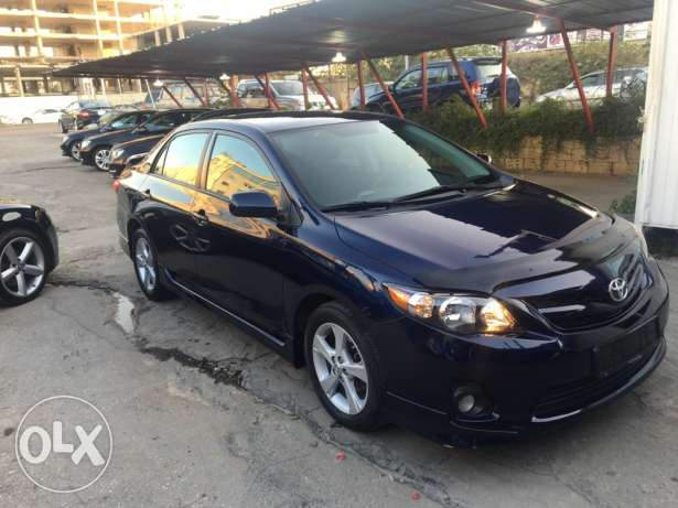toyota corolla S LOW MILEAGE like newww سن الفيل -  2