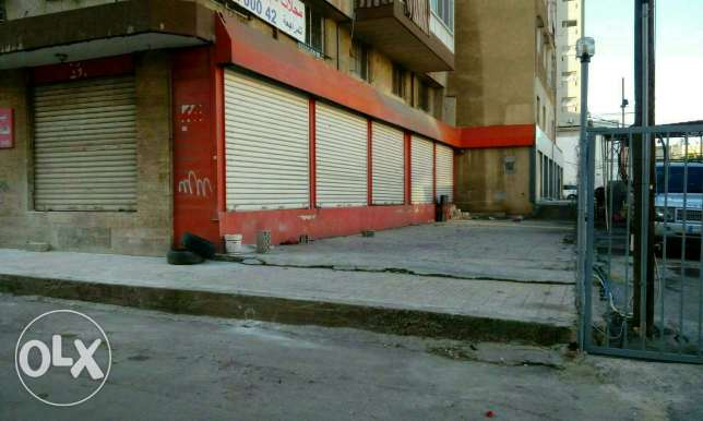 5 stores for rent in dekweneh