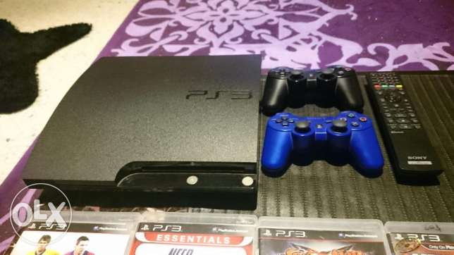 Excellent condition PS3 barely used عاليه -  2
