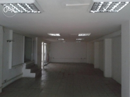 shop for rent prime location consisting of 2 floors