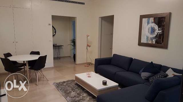 Beautiful furnished flat for rent in Ain Mreisseh, 90sqm, 3rd Floor.