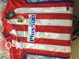 Atletico Madrid Football jersey MEDIUM size (TORRES), New & Sealed