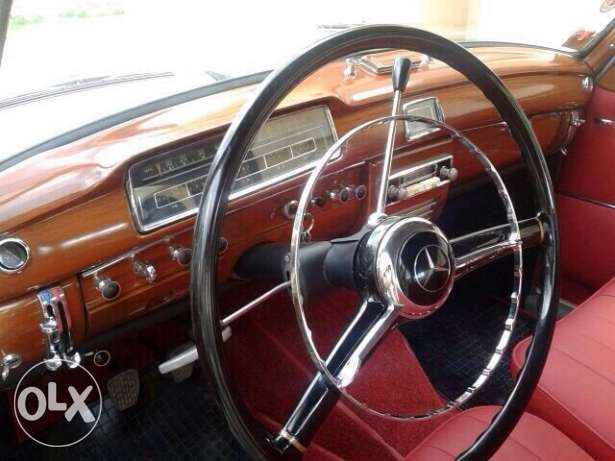 Mercedes 220 s model 1959 from France
