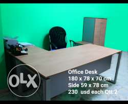 Desk office like new Qtt 2. Chair 80$ Qtt 3 File Cabinet 150 $