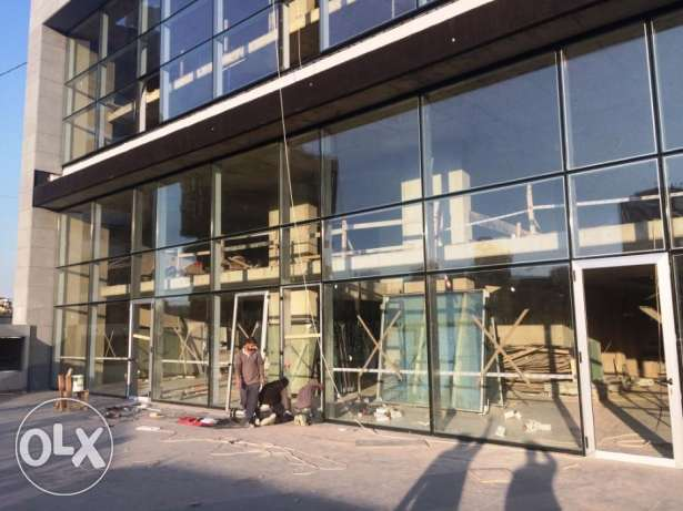 Ag441/16 Showroom for Rent at Sin El Fil/ Jdeideh, Surface 1.000m2